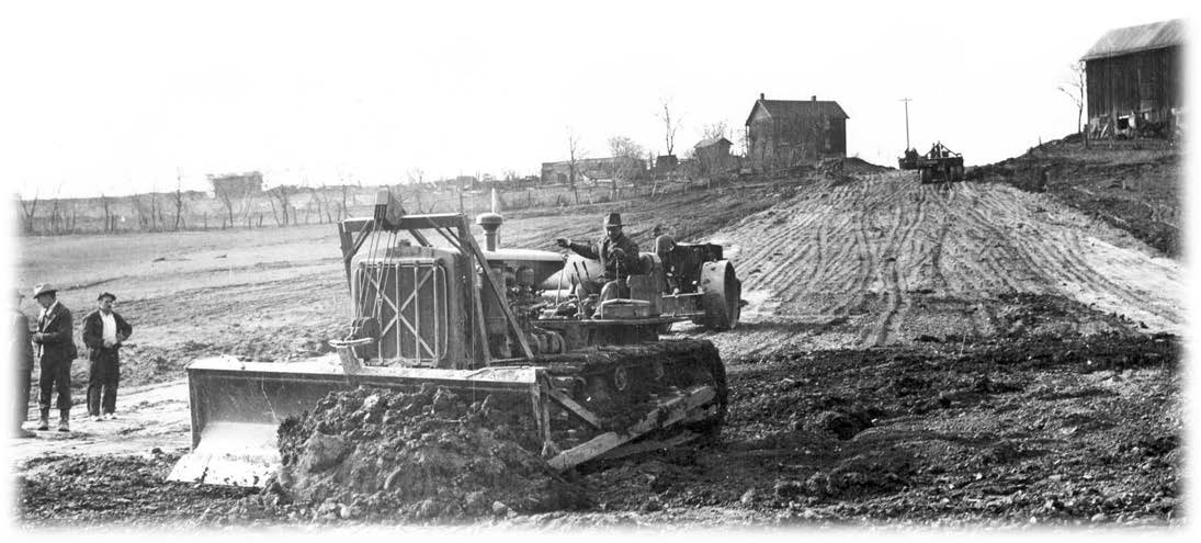 Courtesy of HCEA: R. G. LeTourneau Collection Caterpillar RD-8 tractors with LeTourneau bulld